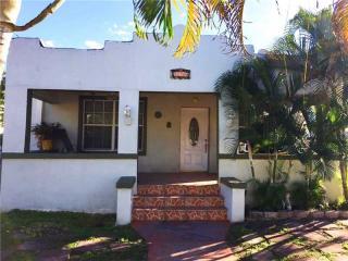 276 Northwest 31st Street, Miami FL