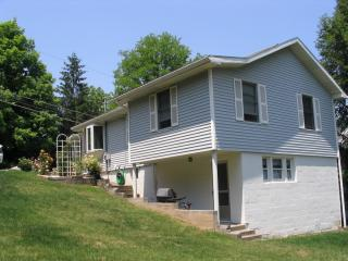 31 Cleveland Ave, Morgantown, WV 26501