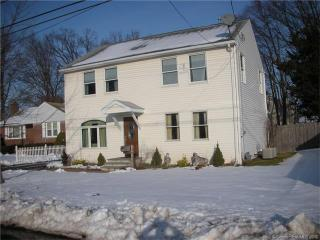 74 Brussels Ave, Wethersfield, CT 06109