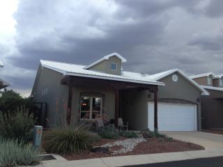 1832 Calle Barbarita NW, Albuquerque, NM 87107