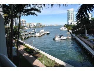7918 Harbor Island Dr #212, North Bay Village, FL 33141