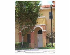 1106 N Santa Catalina Cir, North Lauderdale, FL 33068