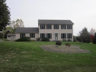 25 Pony Trail Dr, Bloomsburg, PA 17815