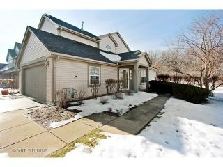 531 Willow Way, Lindenhurst IL