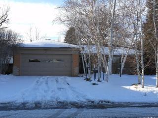 265 S Glencoe St, Denver, CO 80246