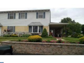 1708 Whitpain Hls, Blue Bell PA