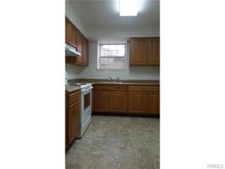33 Oak St #394, Walden, NY 12586