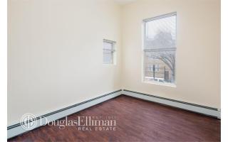 32 Marble Hill Ave, Bronx, NY 10463