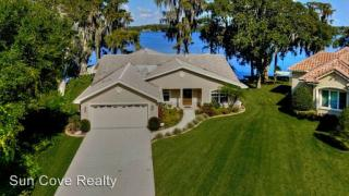 17527 Canal Shores Dr, Odessa, FL 33556