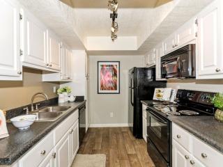 5020 W Thunderbird Rd, Glendale, AZ 85306