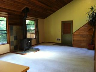 65155 E Boulder Ct, Brightwood, OR 97011
