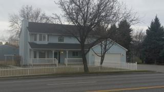 4617 W 10th Ave, Kennewick, WA 99336