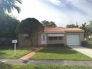 1070 Wren Ave, Miami Springs, FL 33166