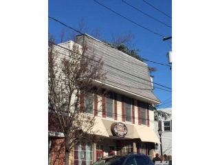 240 E Main St #B, Port Jefferson, NY 11777