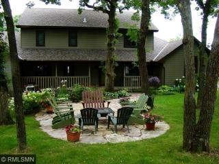 633 Beachwood Road, South Haven MN