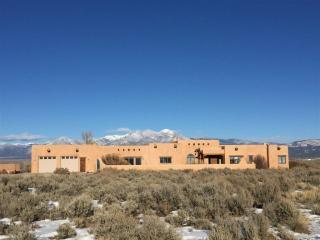 251 Los Cordovas, Taos NM