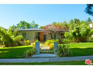 2409 N Vermont Ave, Los Angeles, CA 90027