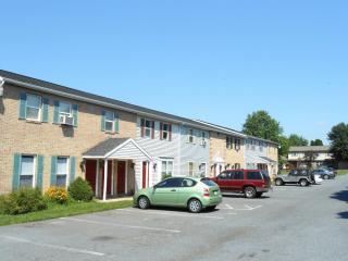 219 Miller Rd, Akron, PA 17501
