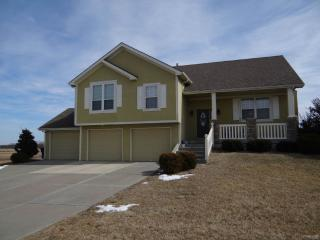 4801 S 22nd St, Leavenworth, KS 66048