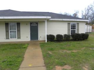 12 Crosswinds Rd, Phenix City, AL 36869