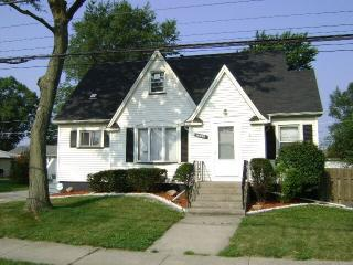 16040 Woodlawn West Ave, South Holland, IL 60473