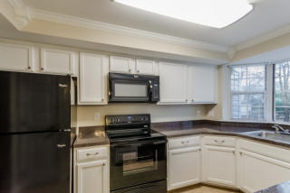 4225 Mockingbird Cir, Waldorf, MD 20603
