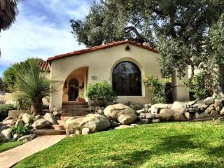 1621 Irving Ave, Glendale, CA 91201