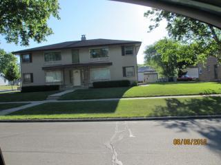 5105 N 84th St #1, Milwaukee, WI 53225