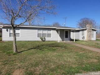 989 Coleman St, Poteet, TX 78065