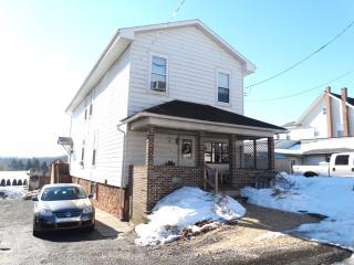 2605 Heidelberg Ave, Newmanstown, PA 17073