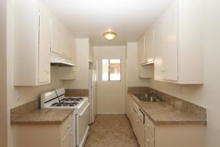323 E Chestnut St #22, Glendale, CA 91205