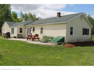 130 Tiger Hill Road, Oxford ME