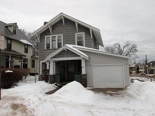 221 East Hewitt Avenue, Marquette MI