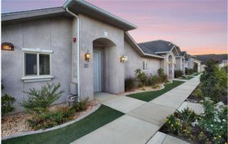 1650 Alluvial Ave, Clovis, CA 93611