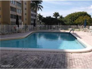 609 NE 14th Ave, Hallandale Beach, FL 33009
