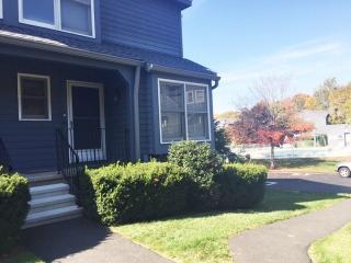 90 Fawn Ridge Lane, Norwalk CT