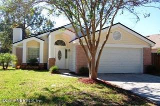 2210 The Woods Dr E, Jacksonville, FL 32246