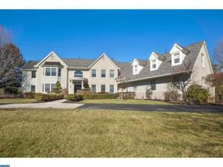715 Brandywine Dr, Moorestown, NJ 08057