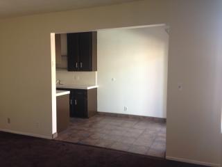 306 E Hyde Park Blvd #6, Inglewood, CA 90302