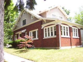 1325 Lake Michigan Dr NW, Grand Rapids, MI 49504