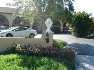 409 Menendez St, Venice, FL 34285