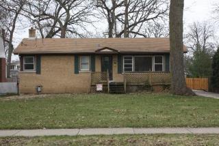 465 Carleton Ave, Glen Ellyn, IL 60137