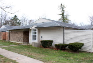 5672 Troy Villa Blvd, Huber Heights, OH 45424