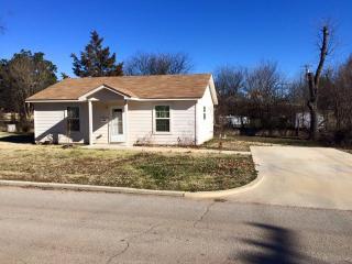 1216 W Oak Ave, Duncan, OK 73533