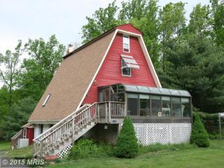 17185 Hays Drive, Bluemont VA