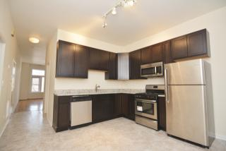 1650 N Claremont Ave #3, Chicago, IL 60647