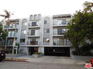 121 North Croft Avenue #202, Los Angeles CA
