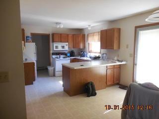 612 E Bracklin St, Rice Lake, WI 54868