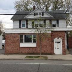 269 Hillside Ave, Williston Park, NY 11596