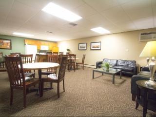 1360 Terrace Dr, Roseville, MN 55113